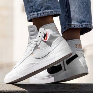 Nike Women's Blazer Rebel size 9